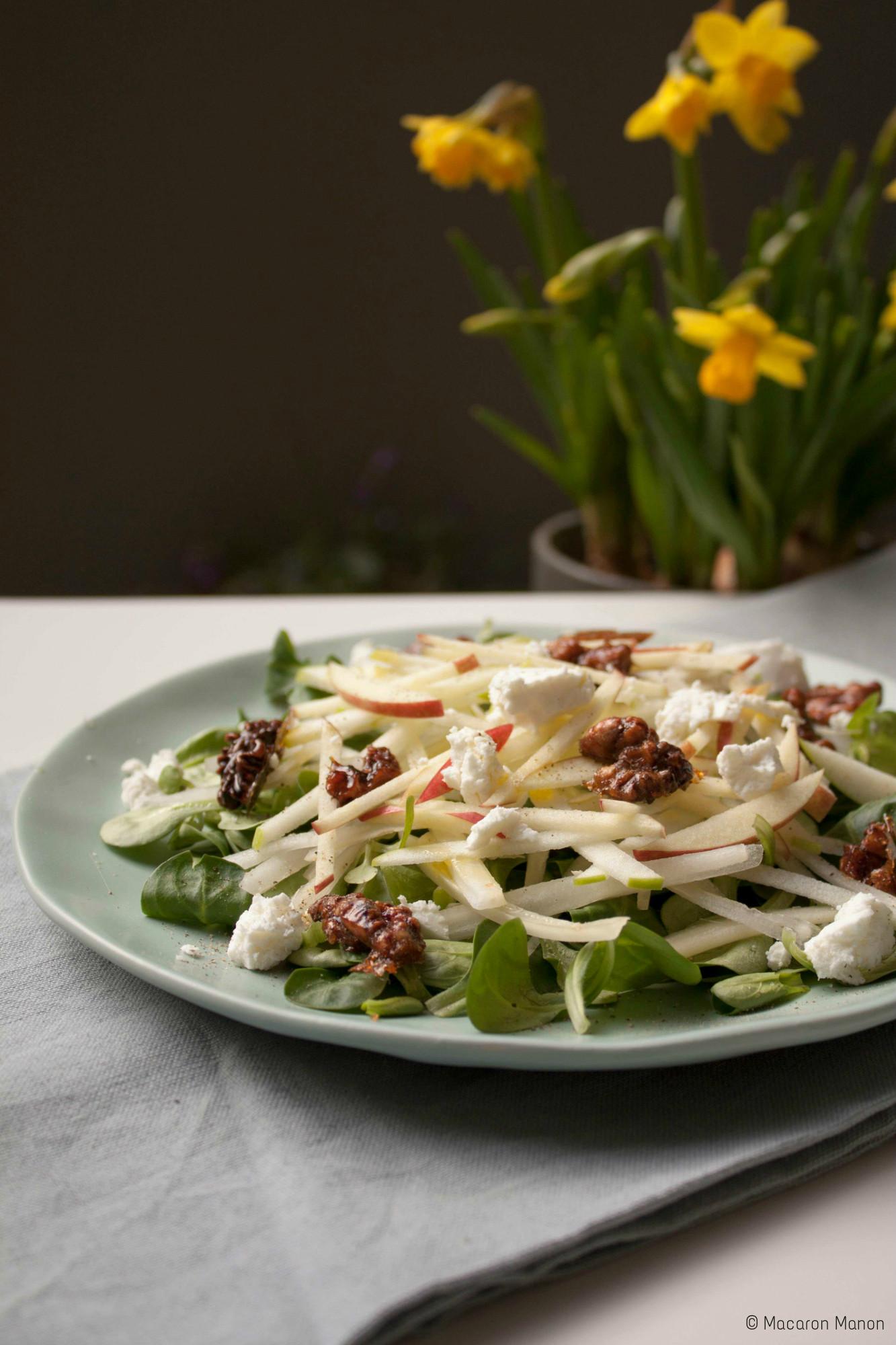 fijne salade met appel en walnoten